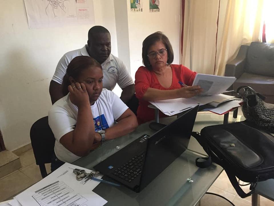 En el día de hoy nos acompañaron técnicas del Ministerio de medio ambiente para presentar propuestas de mejoras en nuestro municipio.